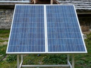 installation panneau solaire montagne 300x225 - installateur de panneaux photovoltaïques - installateur de panneaux photovoltaïques
