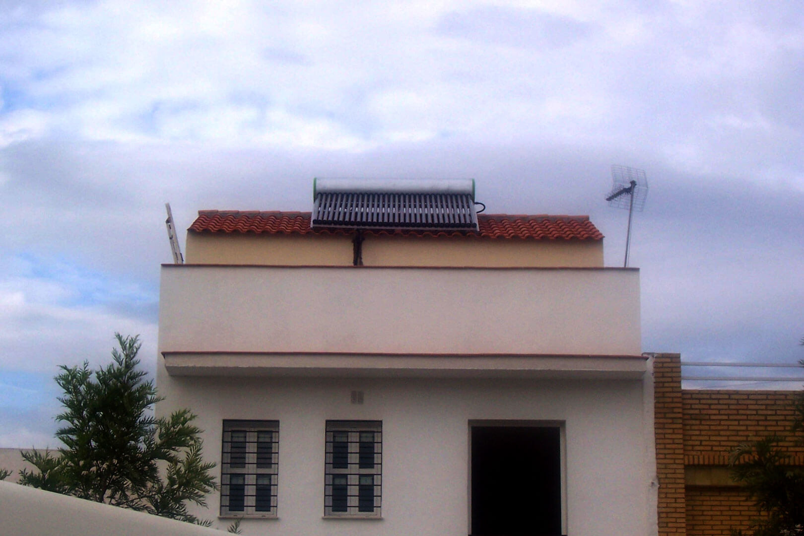 installation solaire thermique services - installation-solaire-thermique-services -