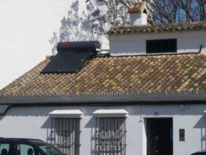 installation solaire thermique villa toiture 300x225 - Portfolio - Portfolio