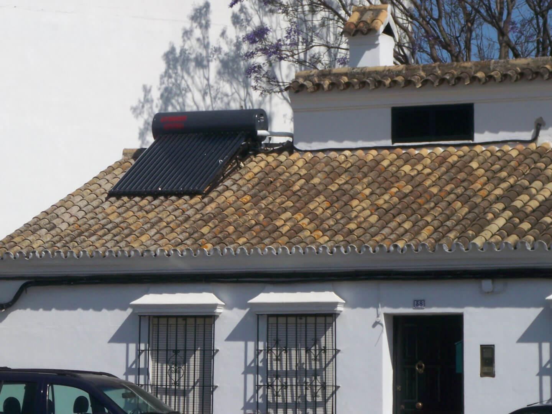 installation solaire thermique villa toiture - installation-solaire-thermique-villa-toiture -